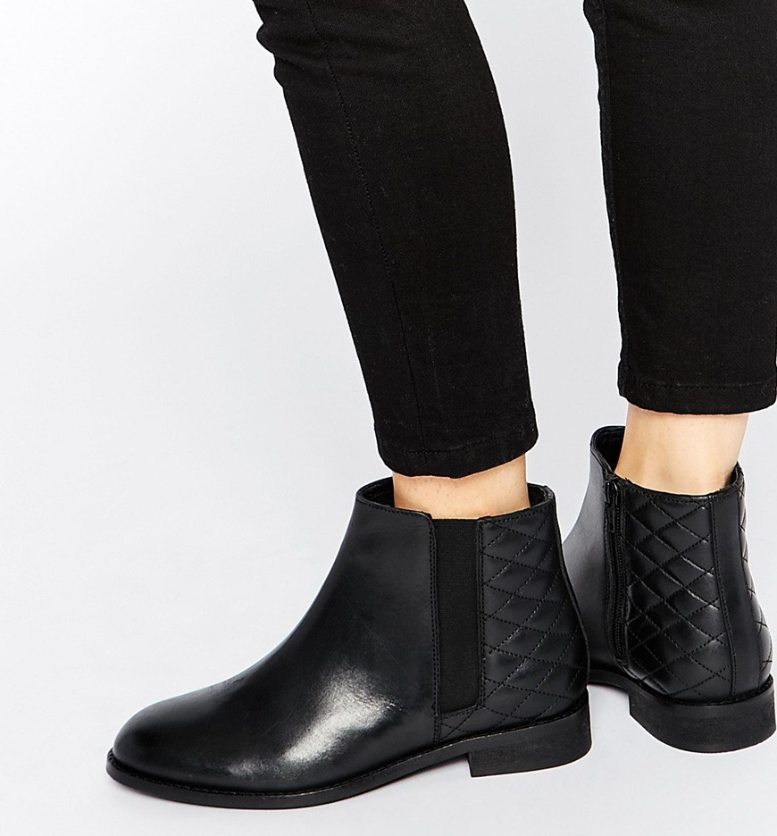 24 flat boot designs trends for design trends