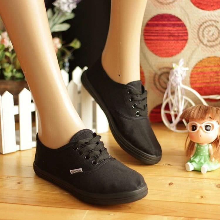 Nike Flat Boots