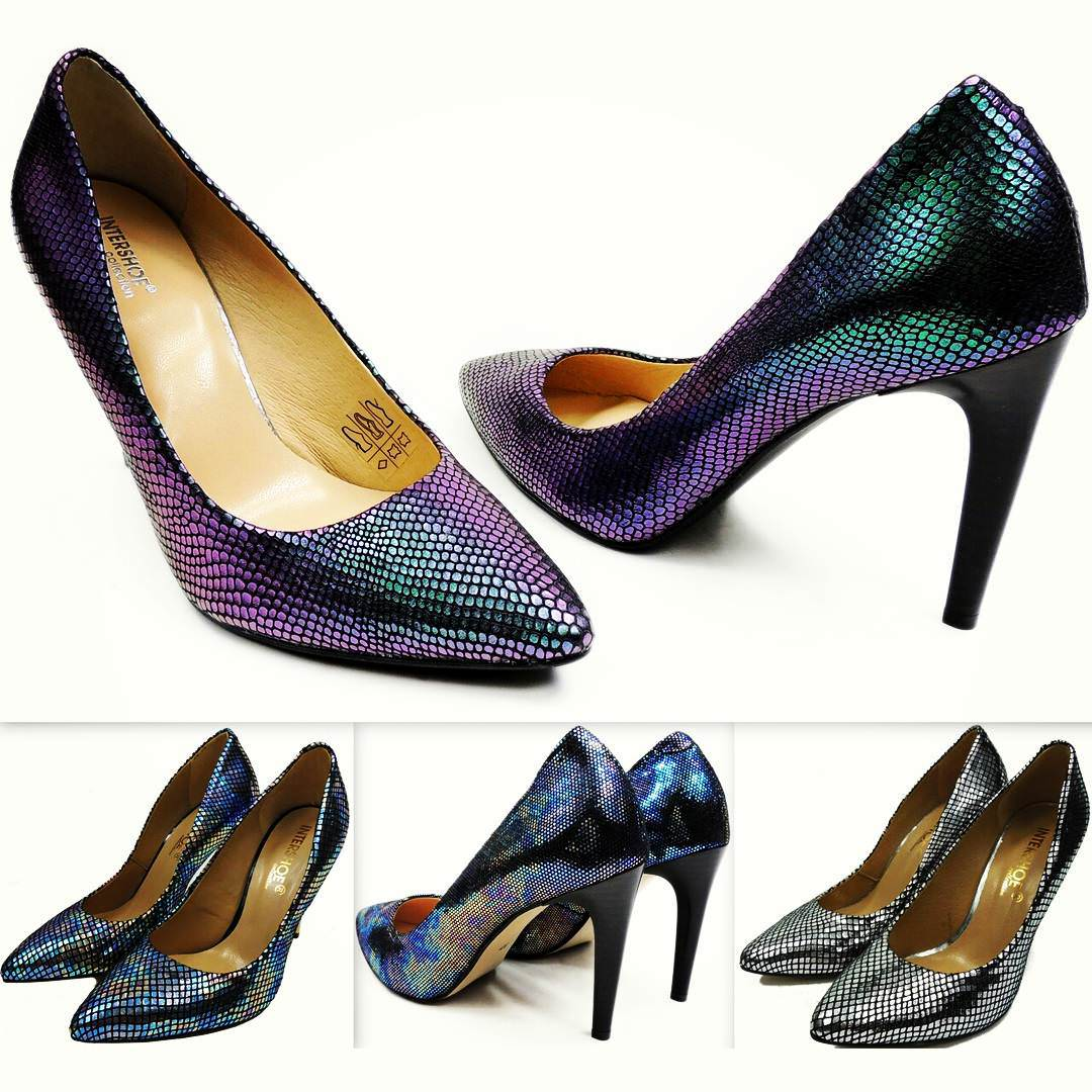 Fashionable Metallic Shoes