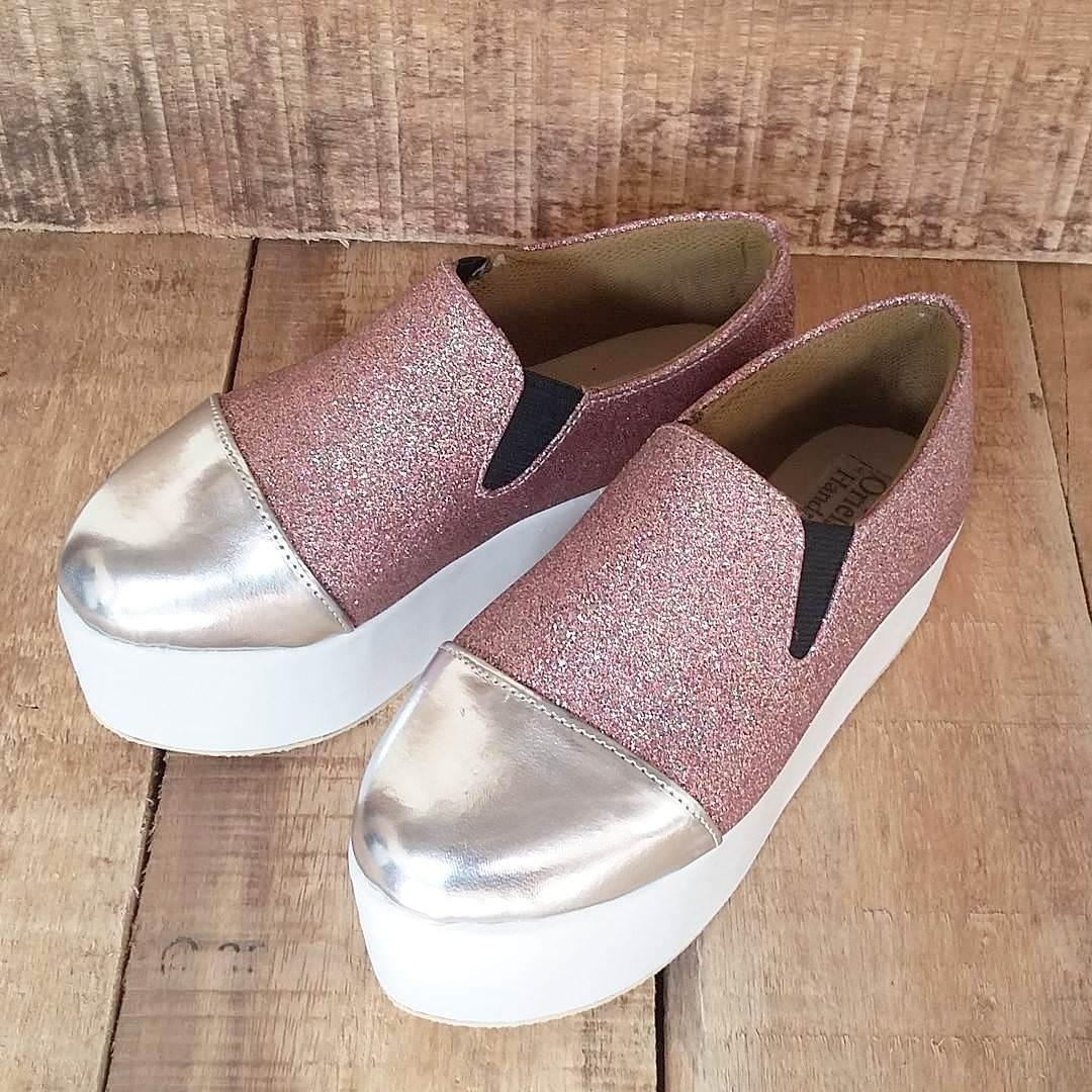 pink high heels