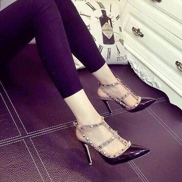 Pretty Shoes For Women