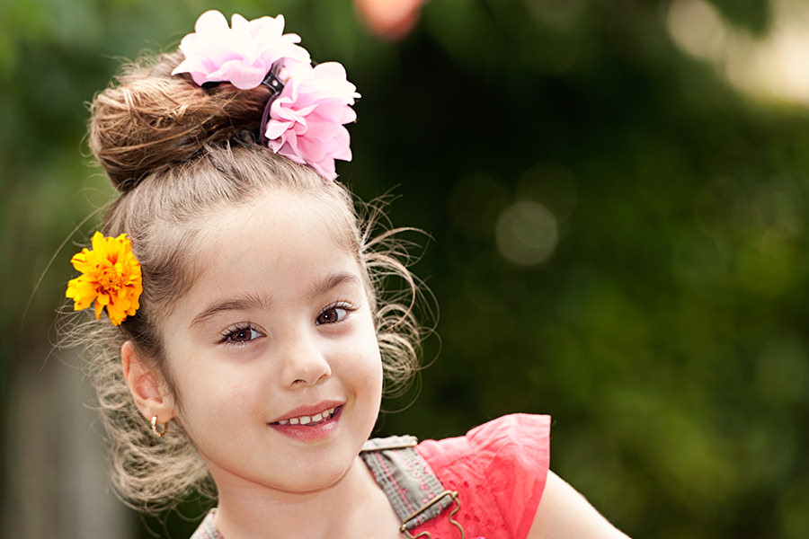 little girl bun hair style