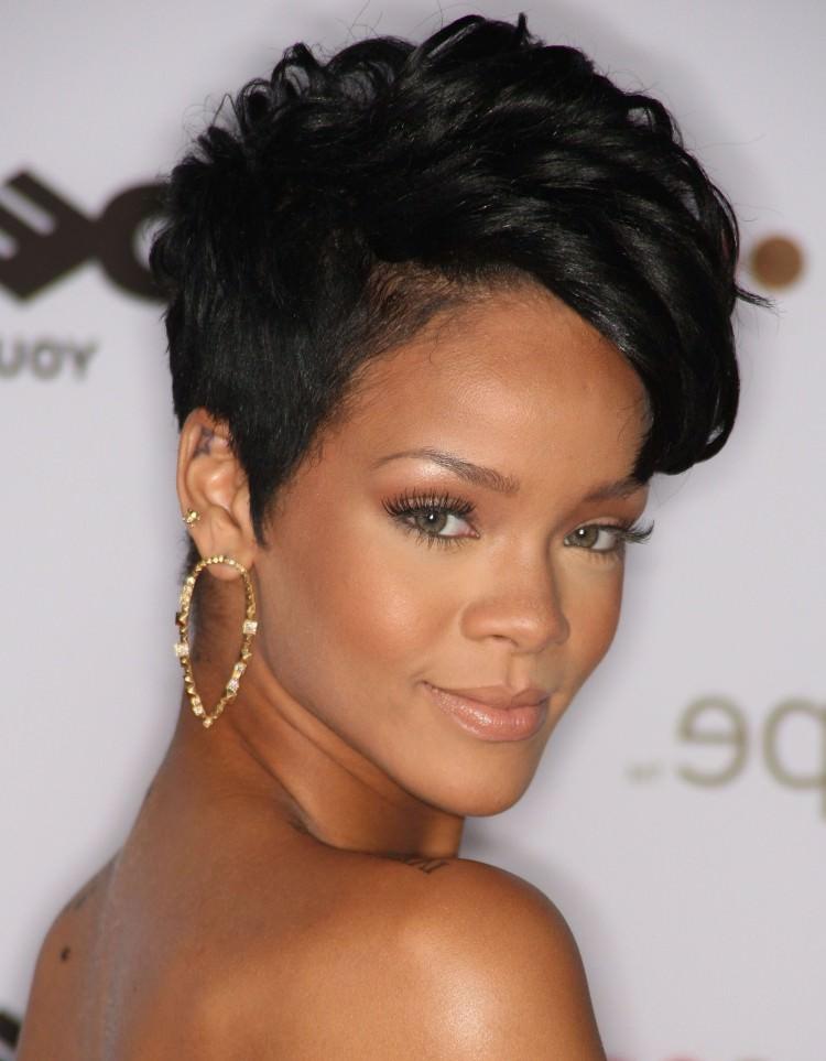 Natural Hairdos for Black Ladies
