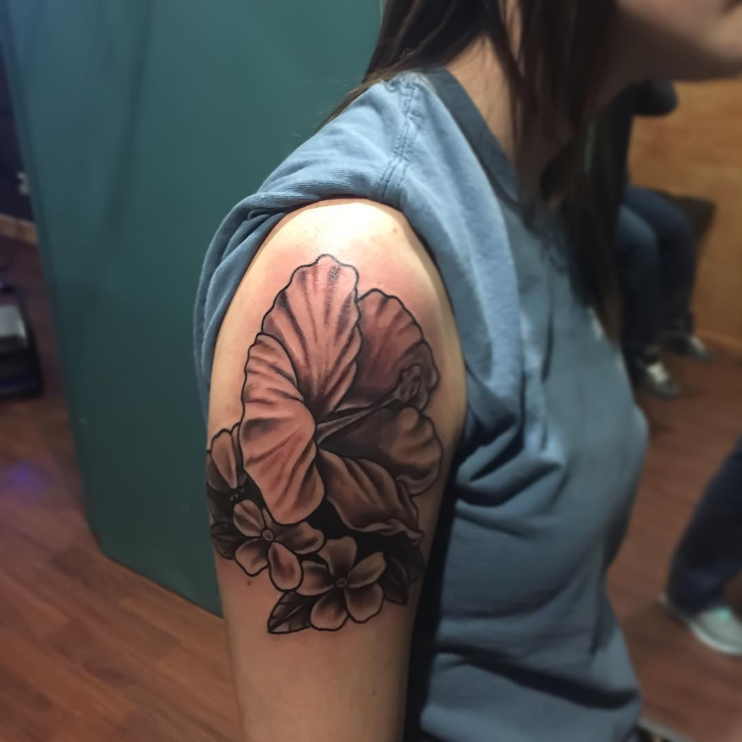 Lovely Flower Design Tattoo
