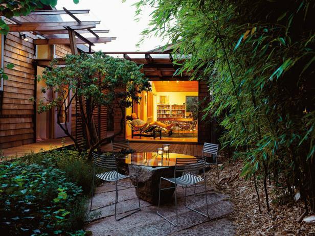 Beautiful Glassy Garden design Table on Rock