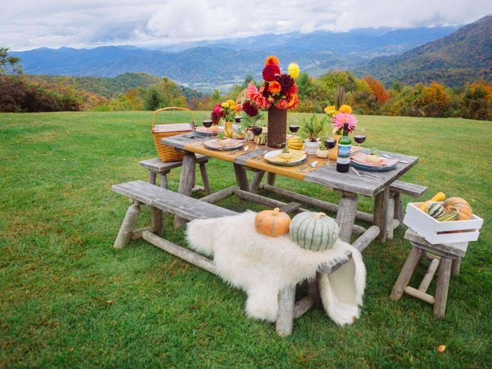 Original_Fall-Outdoor-Entertaining-Full-Table