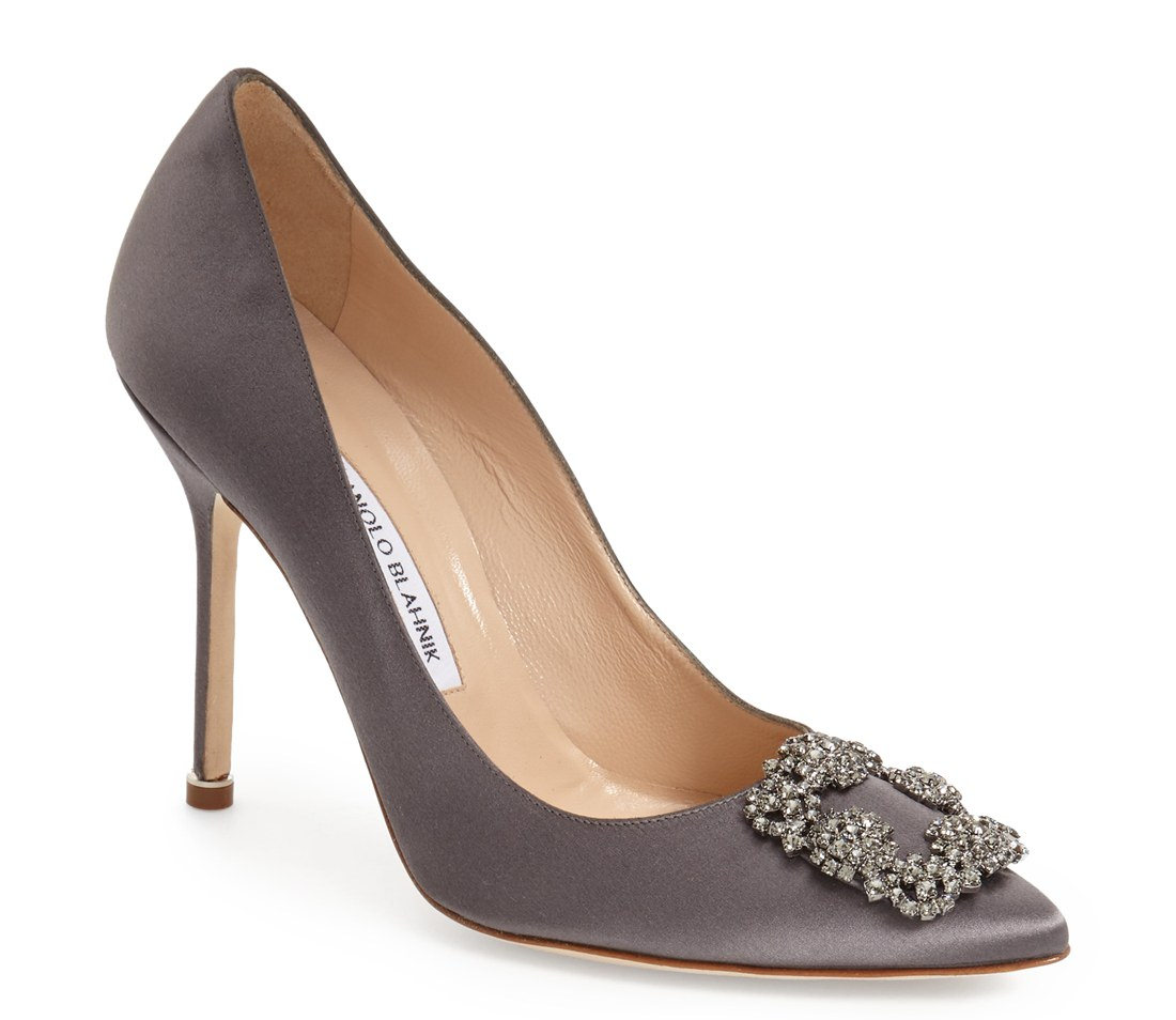 hangisi jeweled pump