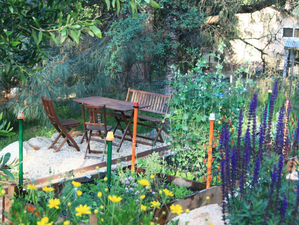 cottage outdoors garden seating area