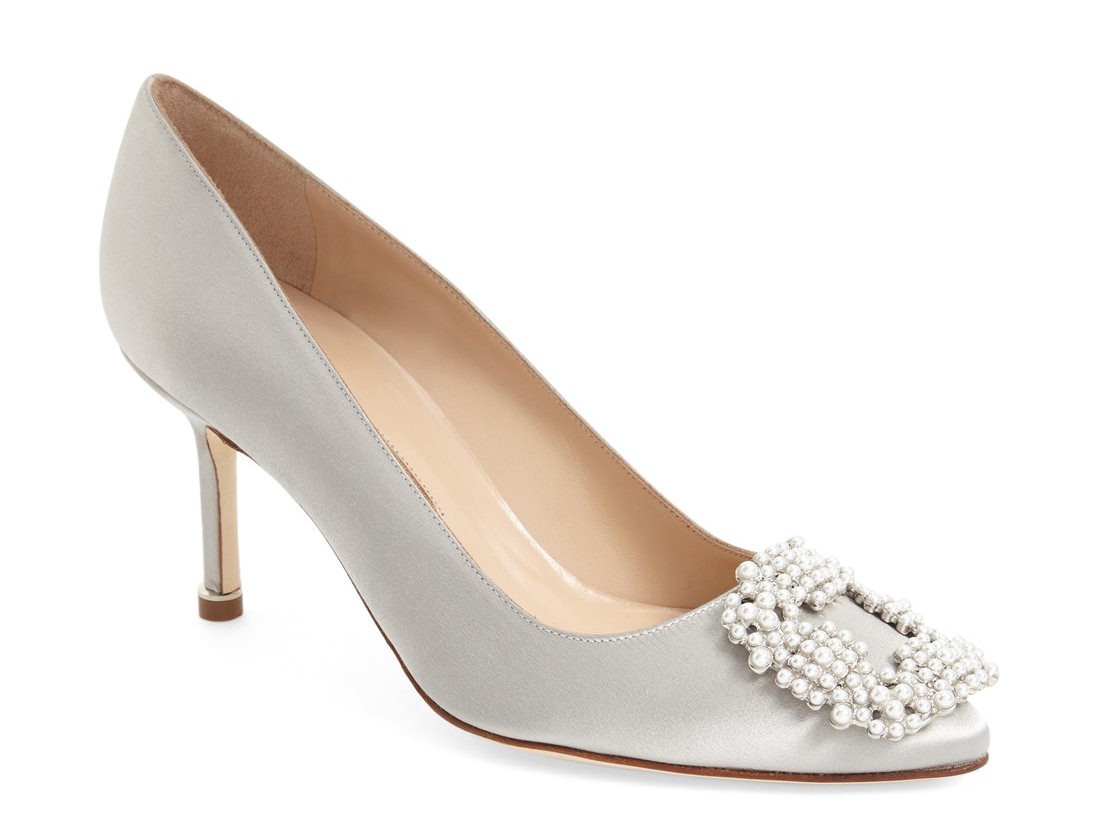 hangisi bead embellished pump