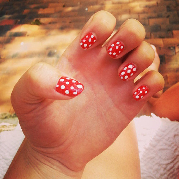 Beautiful Red Easy Nail Art