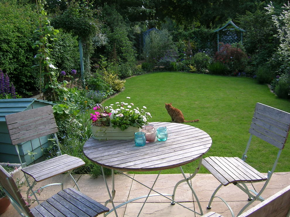 25 cottage garden designs decorating ideas design for Small garden plans uk