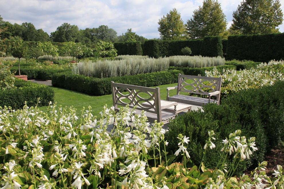 25 formal garden designs garden designs design trends for Formal garden