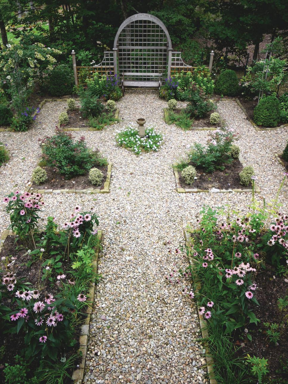 25+ Formal Garden Designs