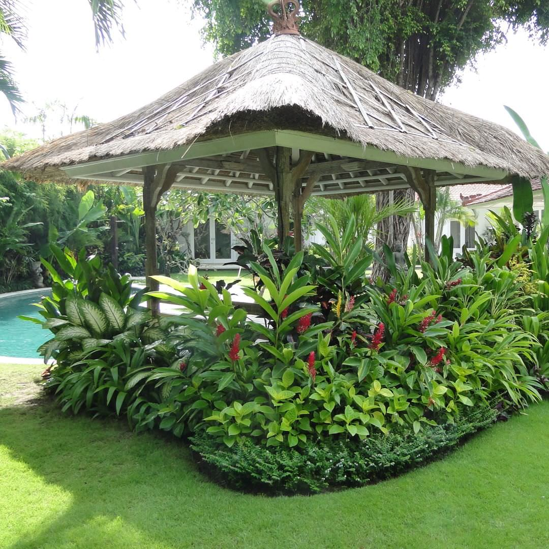 24+ Tropical Garden Designs, Decorating Ideas | Design ... on Tropical Patio Ideas id=47219