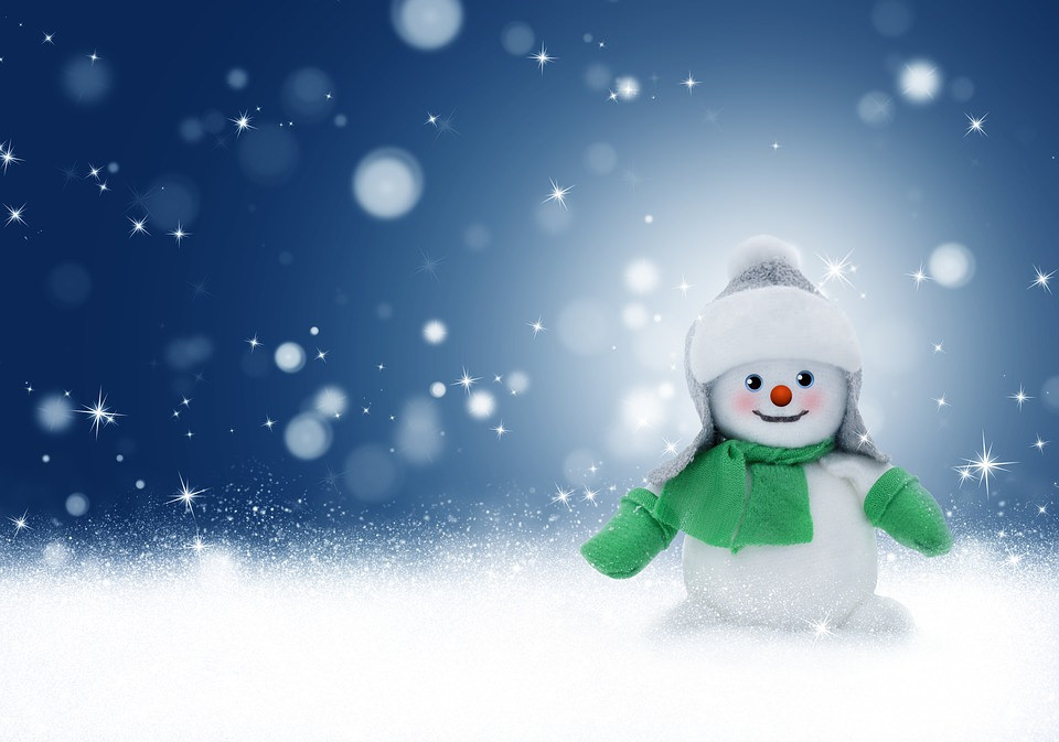 Snowy Doll Wallpaper