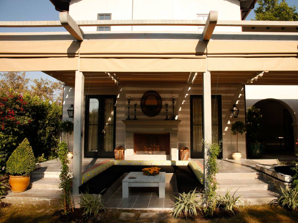 Backyard-after-patio-sunken-deck-pergola
