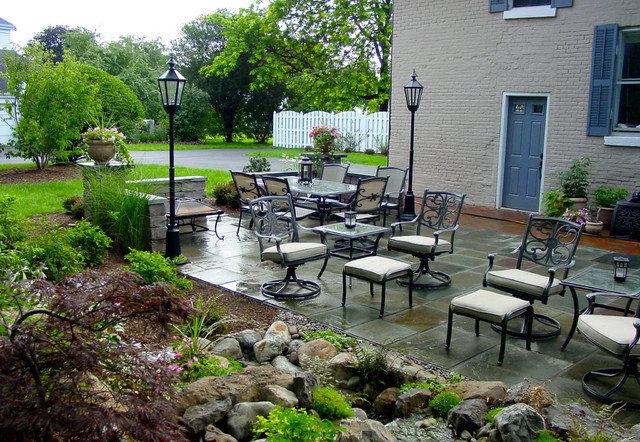 green grass backyard design