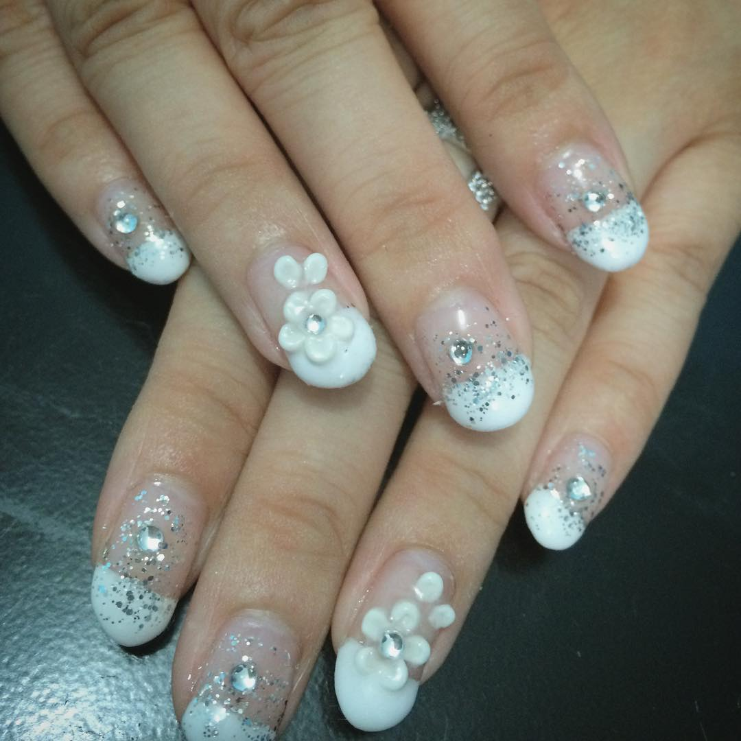 Flower Simple Nail Design