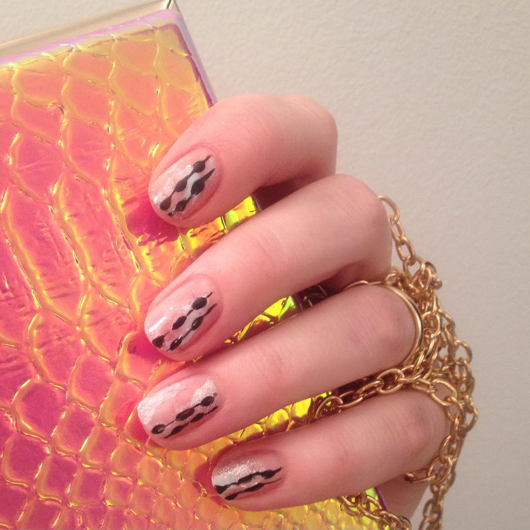 Black Line Smple Nail Design