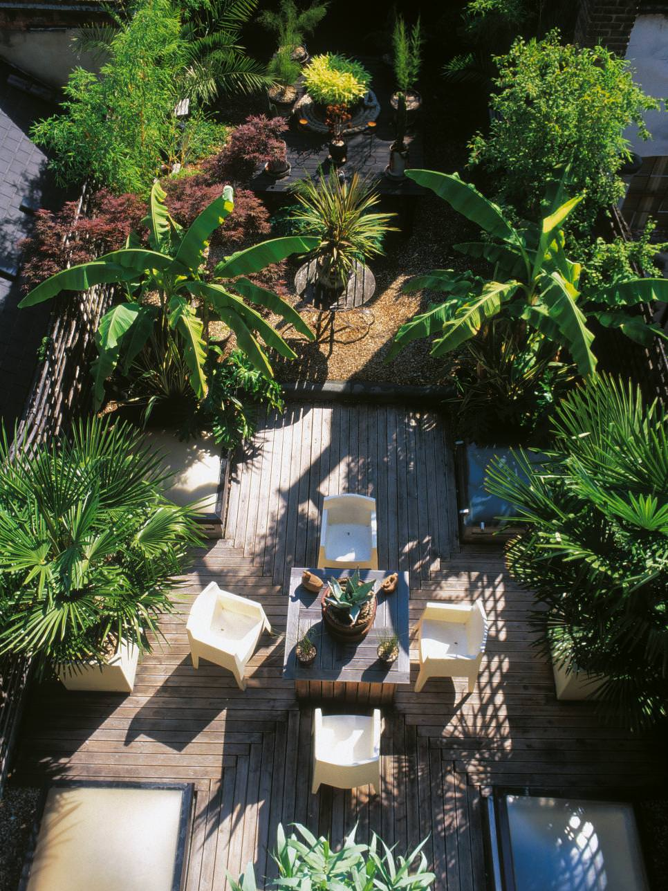 24+ Tropical Garden Designs, Decorating Ideas | Design ... on Tropical Patio Ideas id=23244
