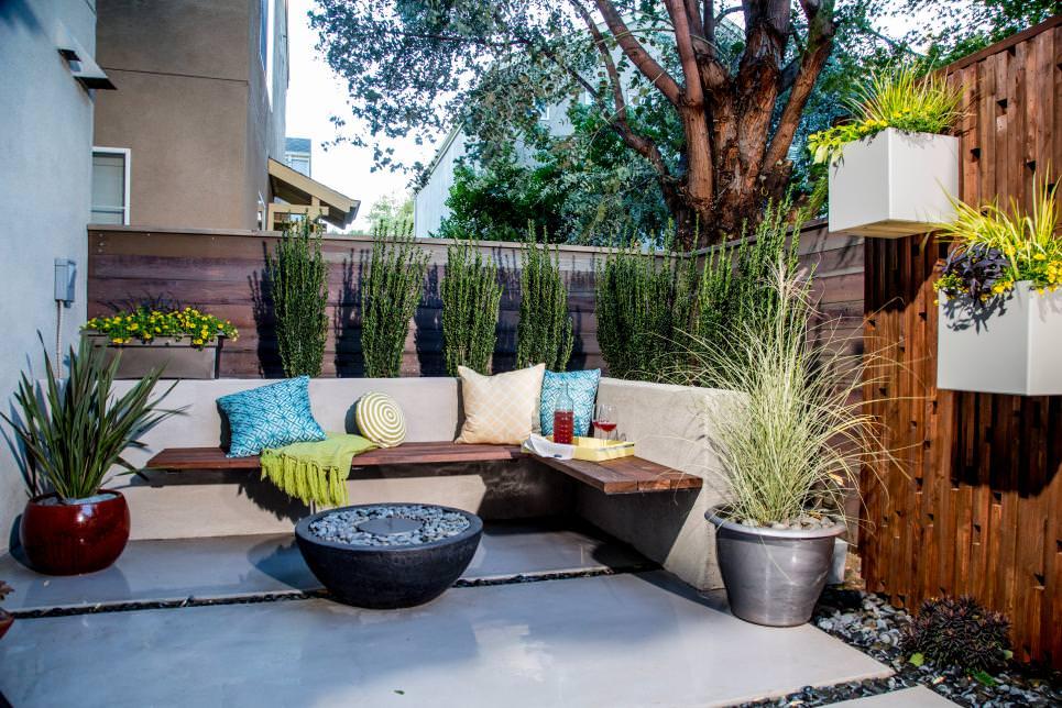visual treat small patio designs