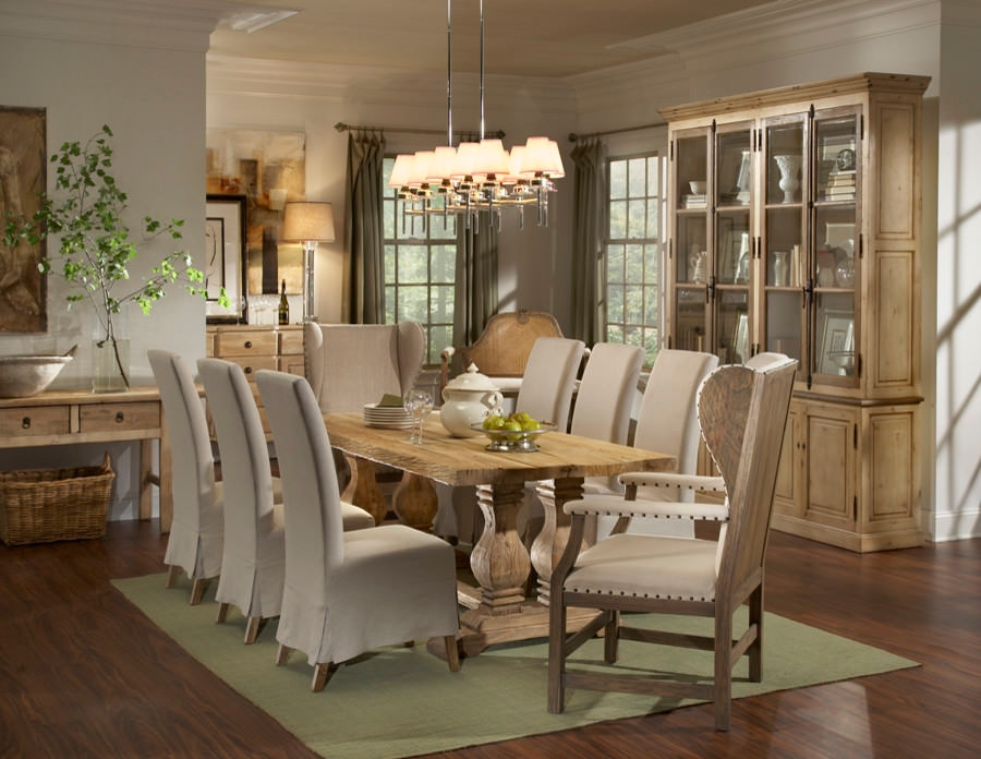 Classic Contemporary Dining Room Design