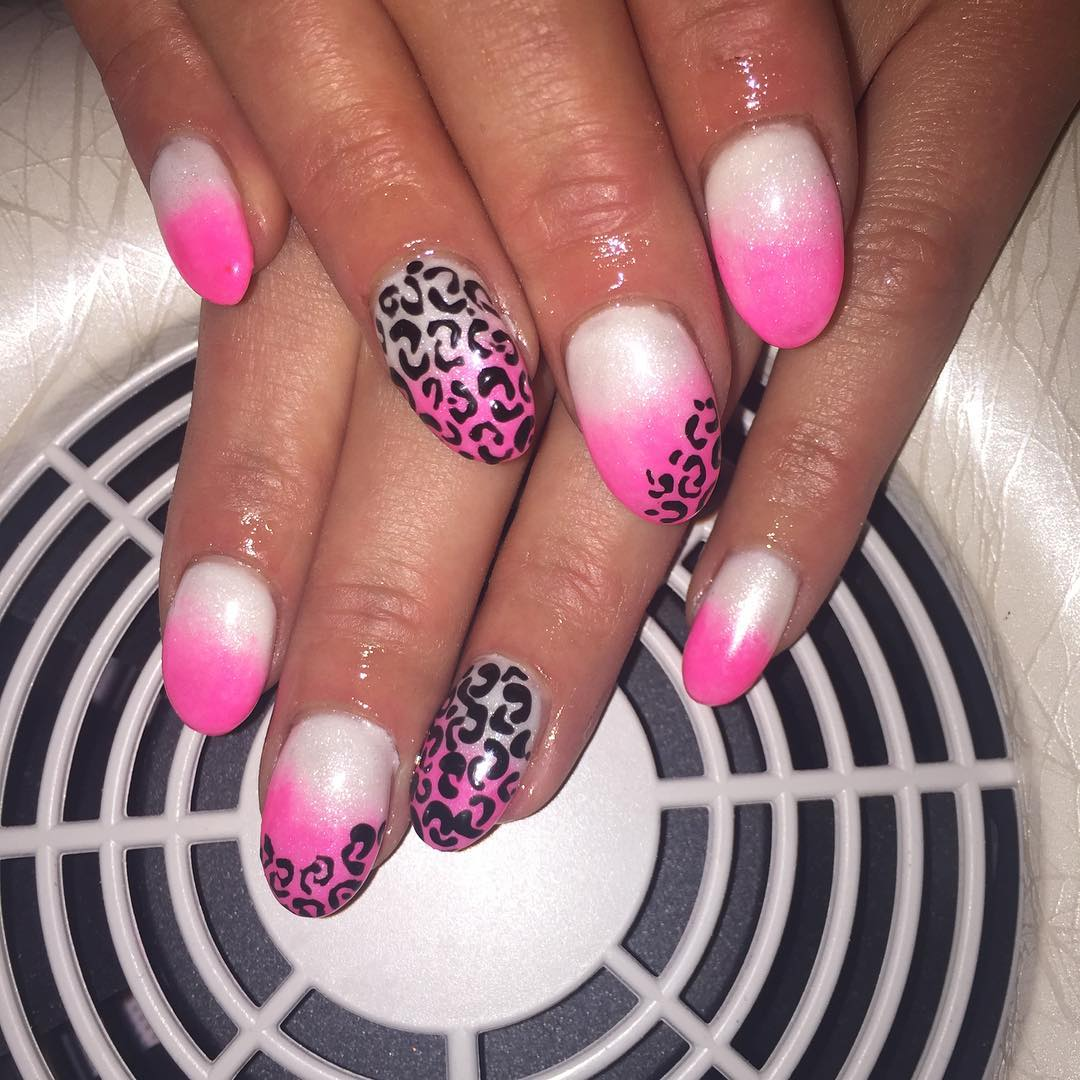 Animal Pink & White Nail Design