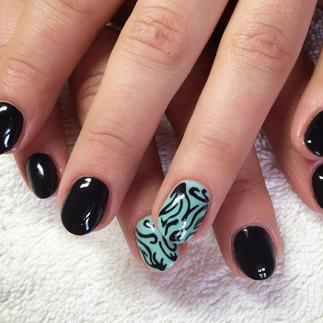 black blue nail art