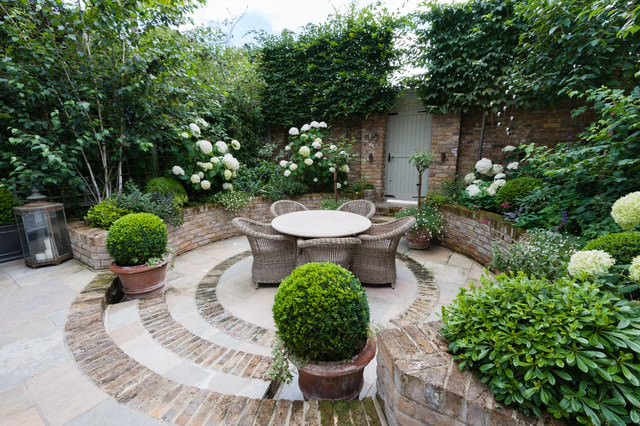 16west london courtyard traditional patio