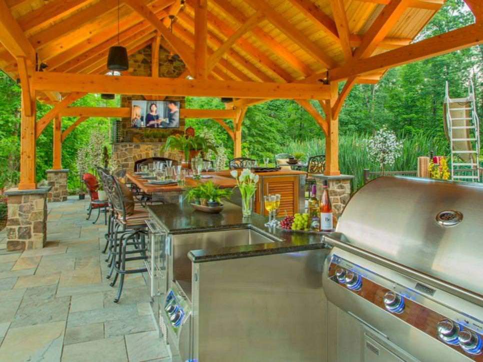 Atlantic Timber Frames_Outdoor Kitchens with Bars