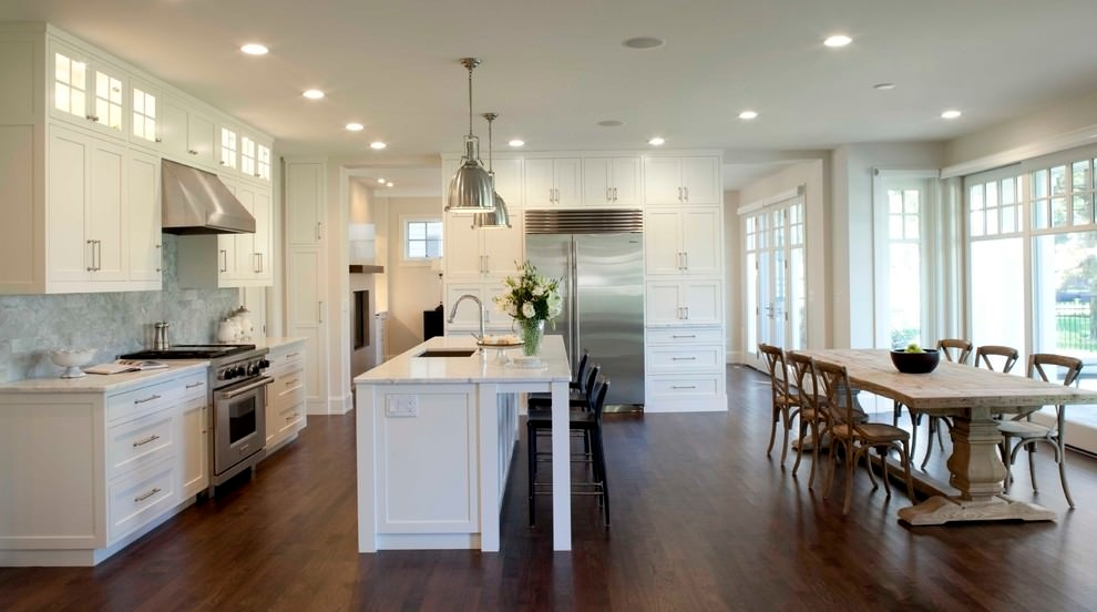 Traditional Kitchen Island Design