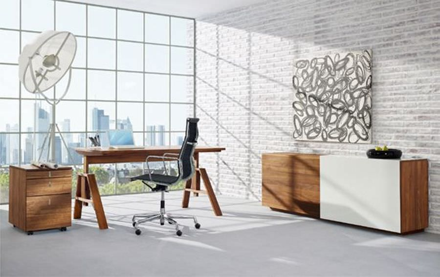 Contemporary Minimalist Office Design