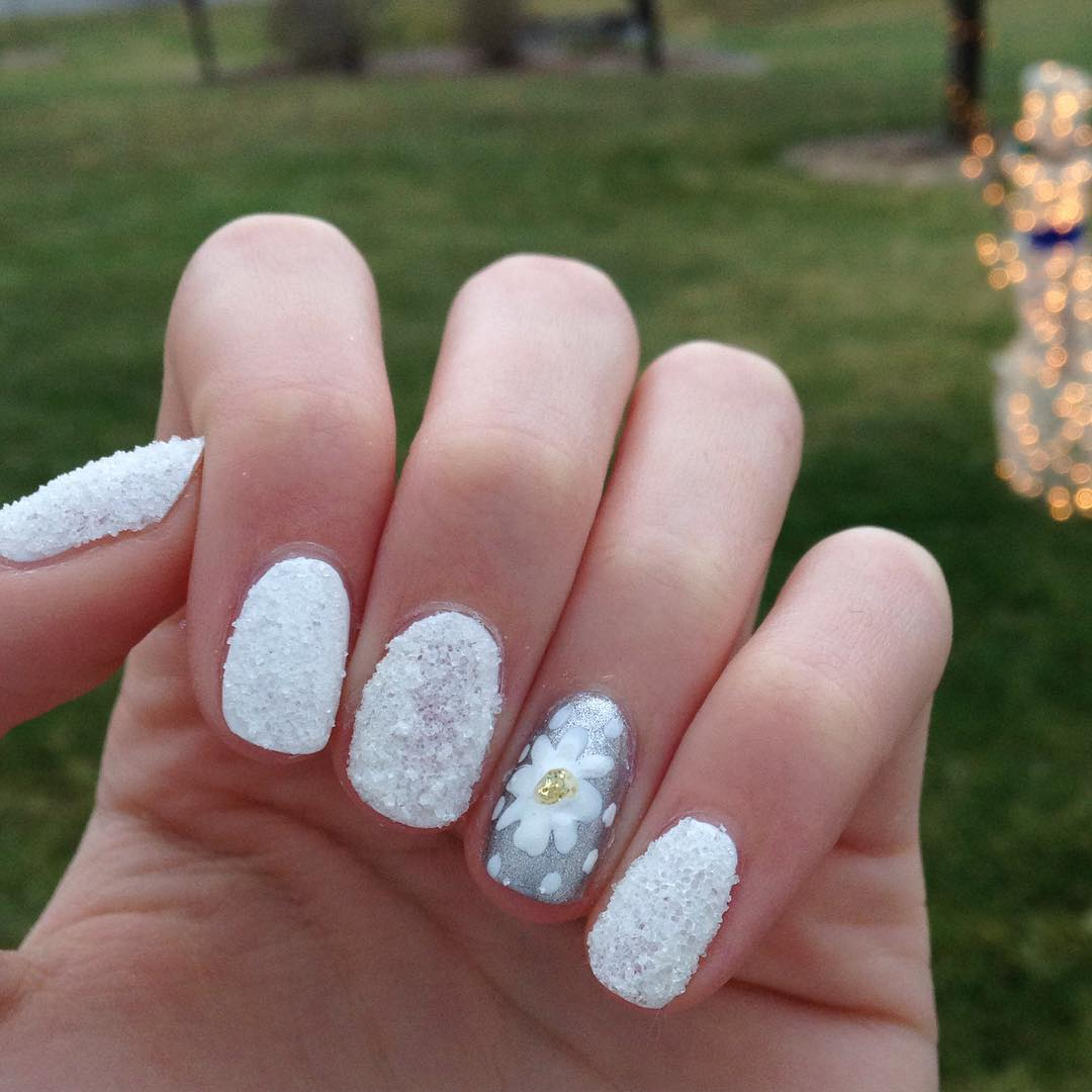 White & Grey Fall Nail Design