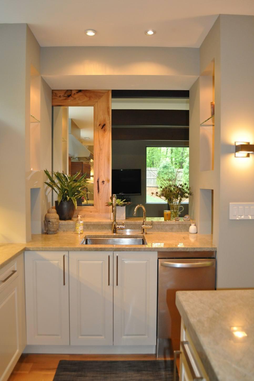 Simple Neutral Kitchen Sink