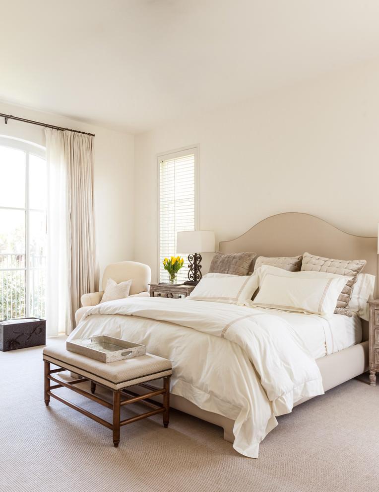 light colours mediterranean bedroom