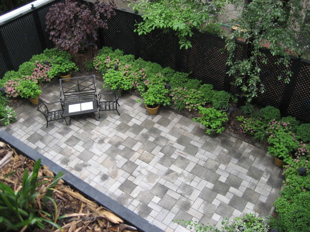 24+ Townhouse Garden Designs, Decorating Ideas | Design ... on Townhouse Patio Design Ideas id=29720