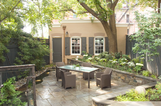 11peaceful townhouse gatden design traditional patio