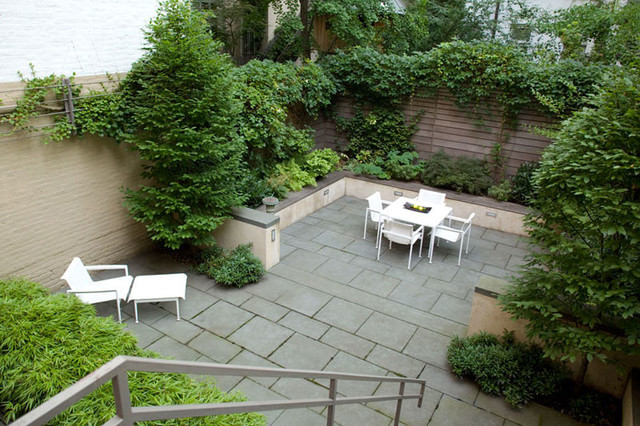 8elegent townhouse garden home design