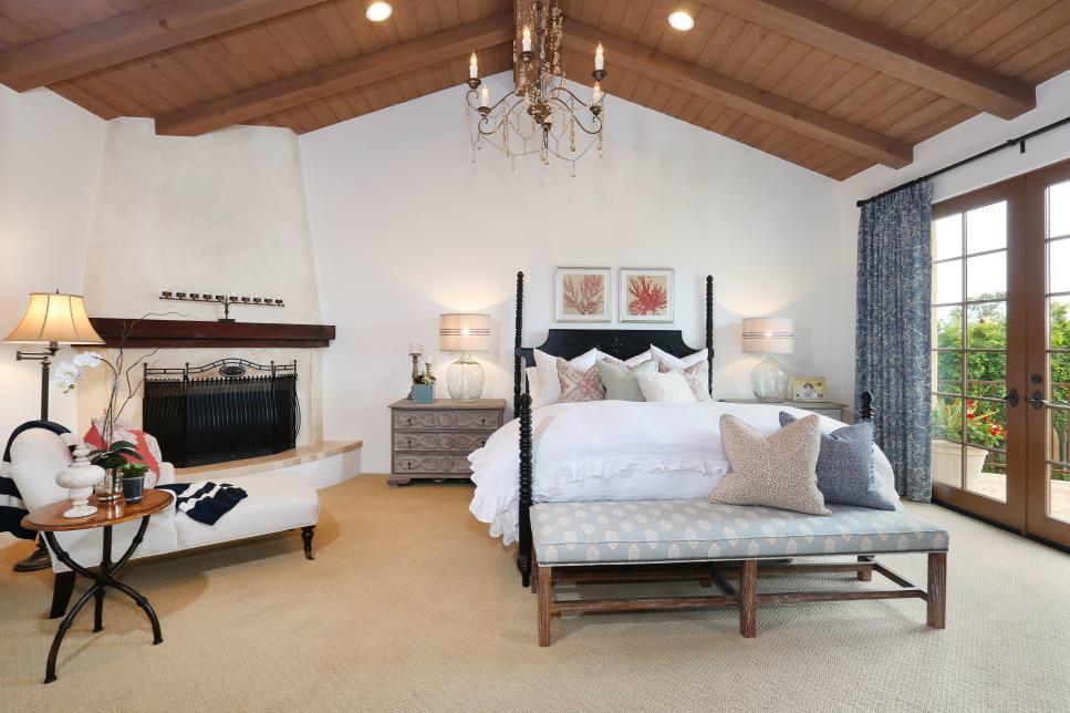 cozy white mediterranean bedroom