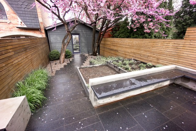 15Cabbagetown-contemporary-landscape