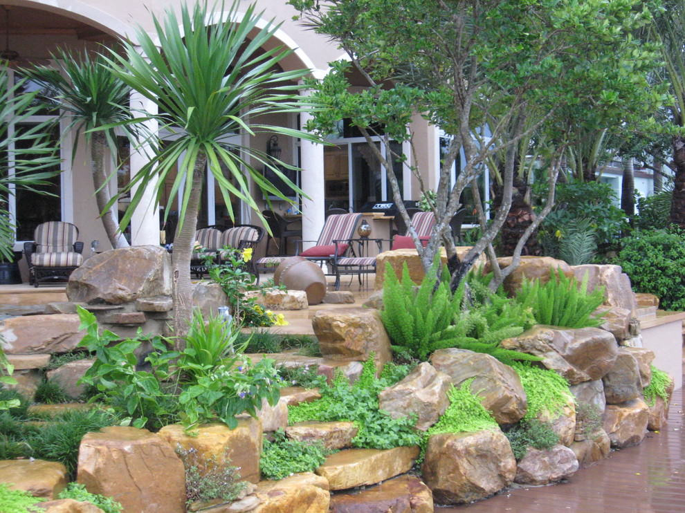 Spacious Rock Wall Garden