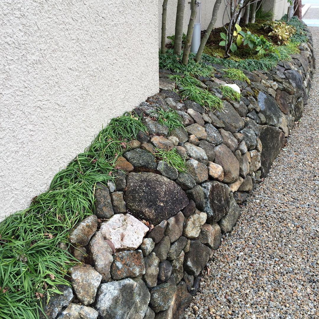 outdoor decorative rock wall garden