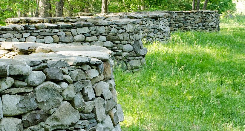 24+ Rock Wall Garden Designs, Decorating Ideas   Design Trends ...