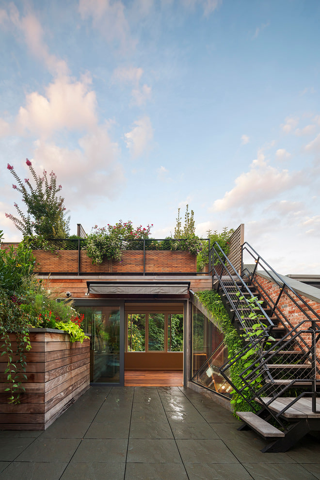 Modern Style Beautiful Roof Top Garden