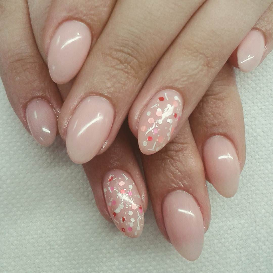 light pink nail design for sharp nails