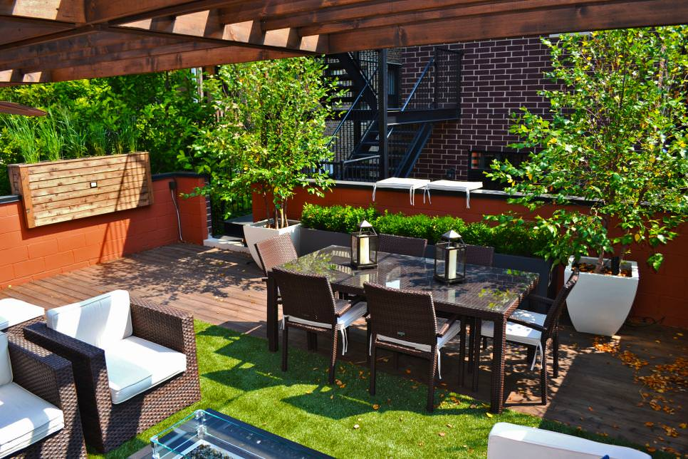 Contemporary Urban Deck Roof Top Garden