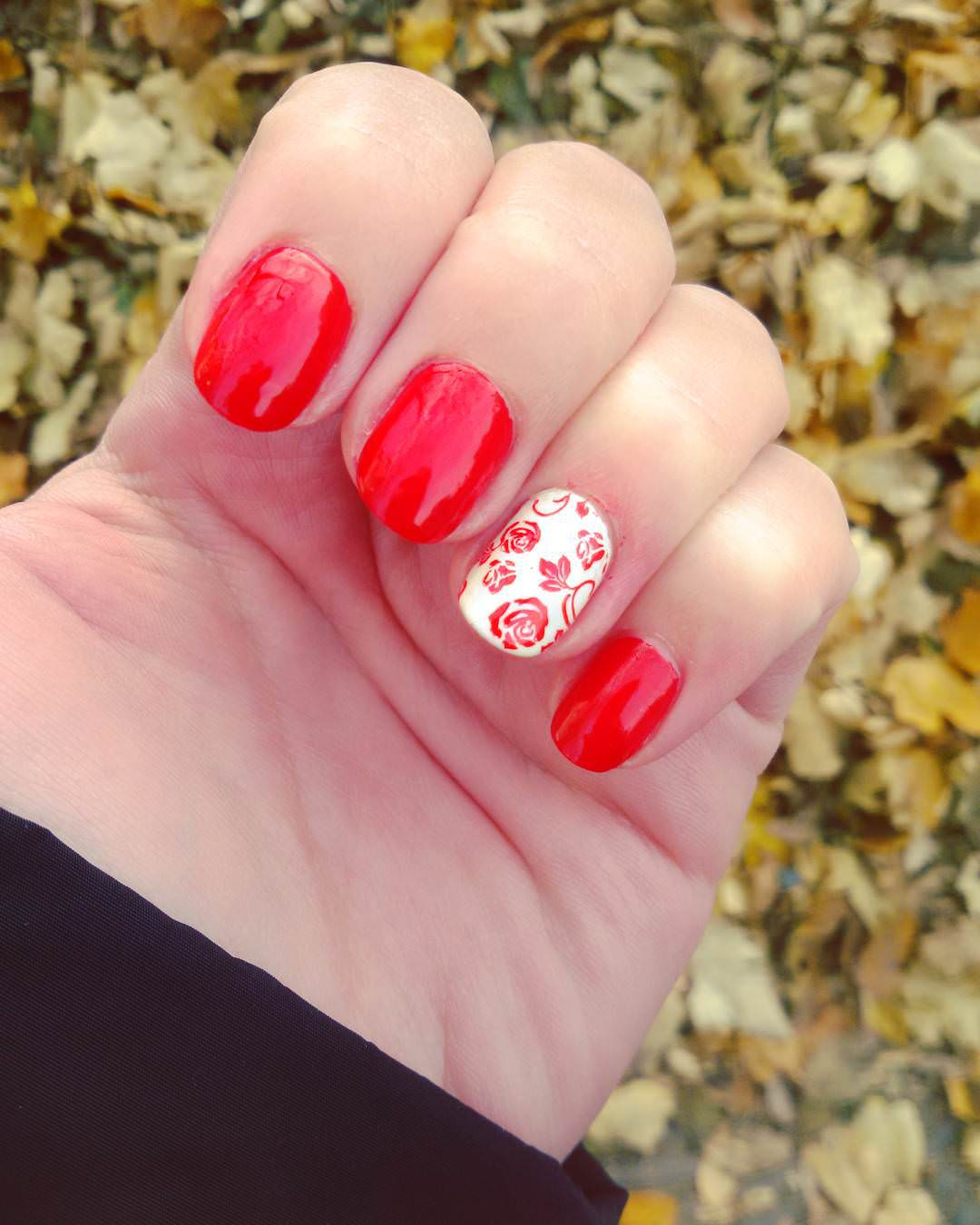 Lovely Rose Flower Design Nail Art