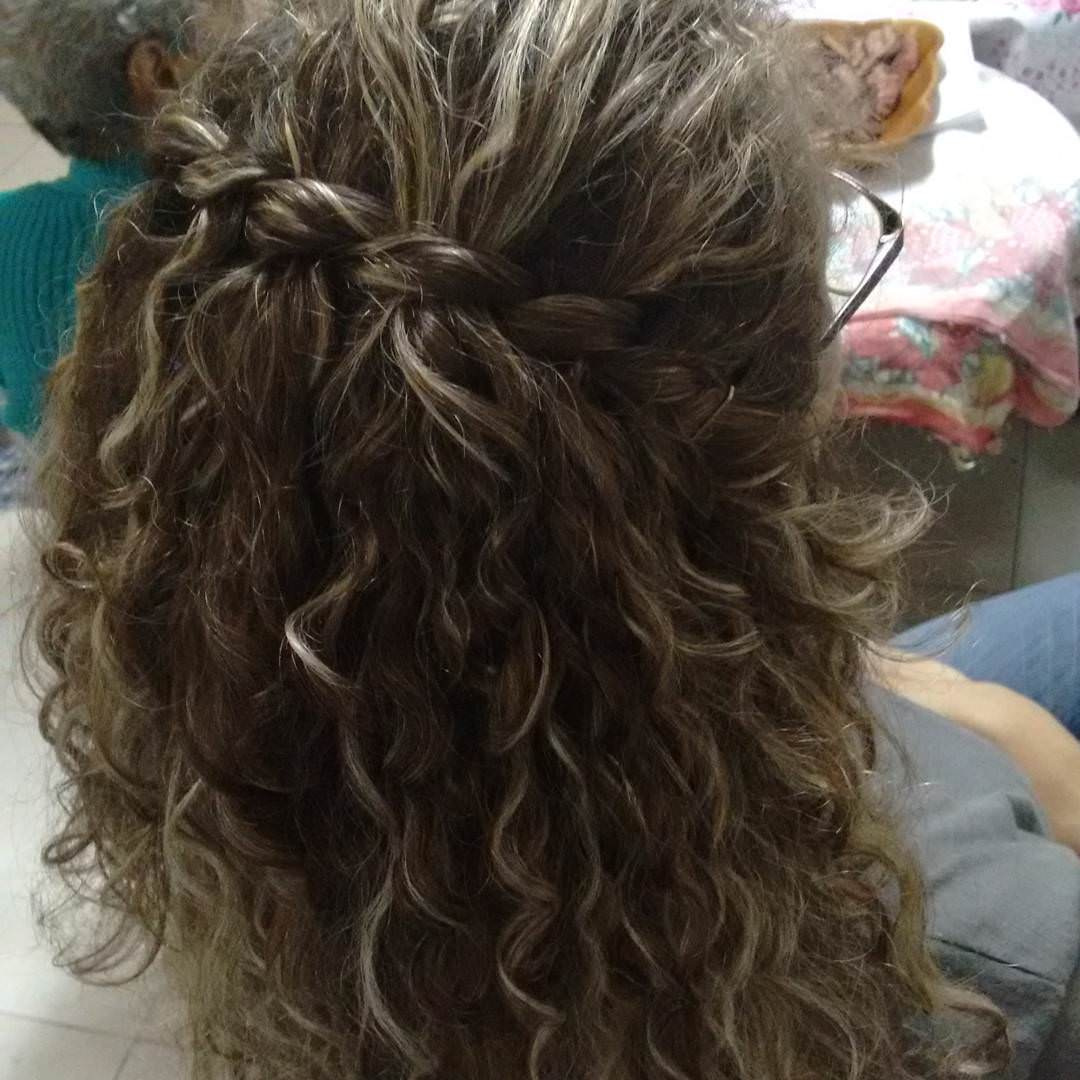 Blond wave Curly Hairstyle