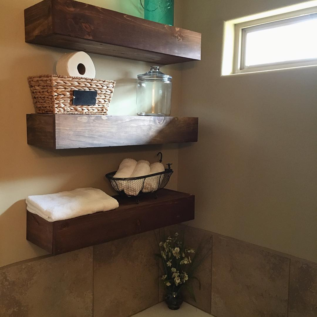Bathroom shelves hanging cool pink bathroom shelves for Bathroom decor and storage