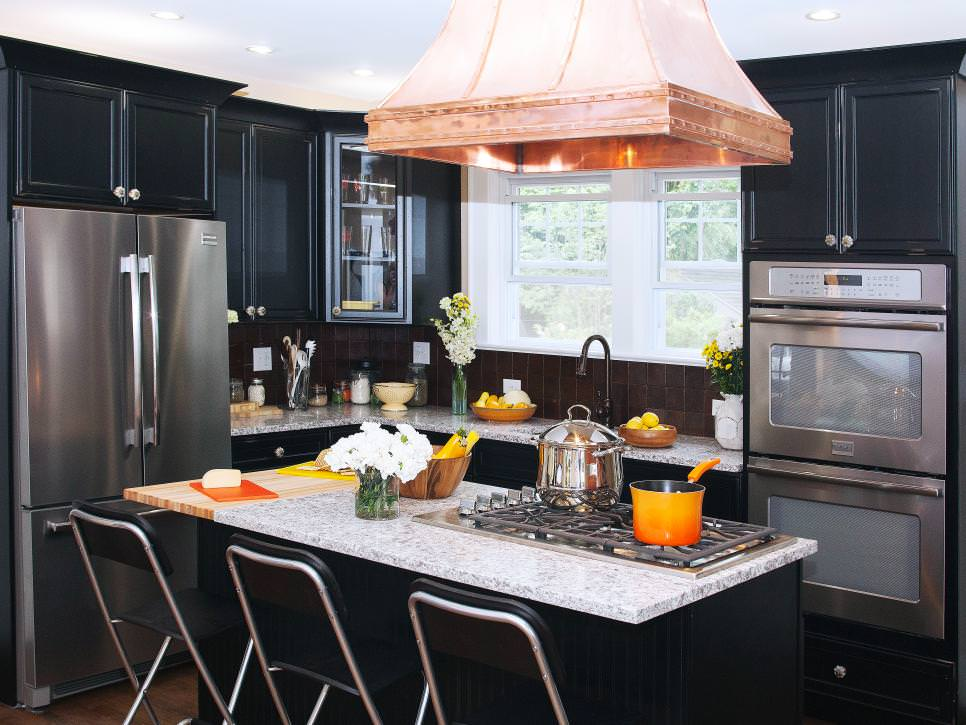 Colonial Kitchen Black Cabinets